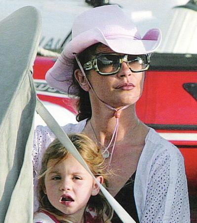 Kate Beckinsale & Lily | Celebrity Baby Scoop