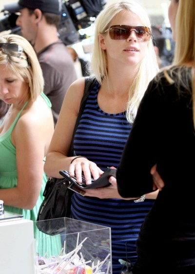 tiger woods wife pregnant. 5/21/07: Elin Nordegren Woods,