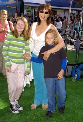 Celebrity Baby Scoop: Alyson Hannigan plans for home birth ...