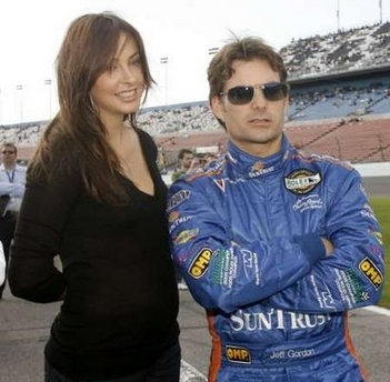jeff gordon baby. 1/27/08: Jeff Gordon with wife